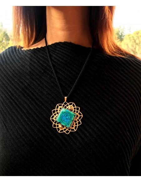 collana siciliana in pietra lavica verde smeraldo