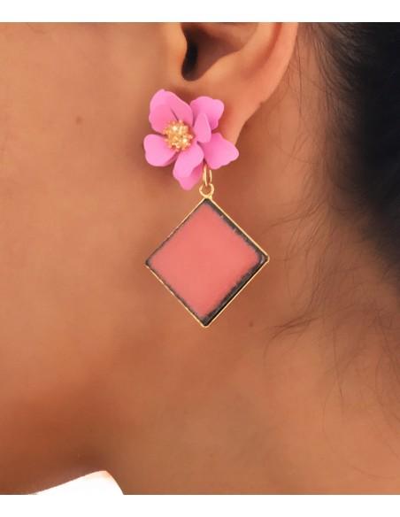 orecchini pendenti in pietra lavica dell'Etna con fiore