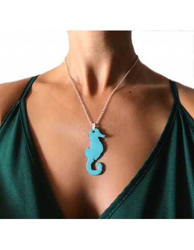collana in argento con cavalluccio marino in pietra lavica dell' Etna