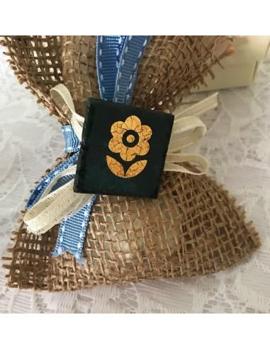 idea bomboniera matrimonio, laurea, compleanno, comunione - bomboniera calamita in pietra lavica con fiore