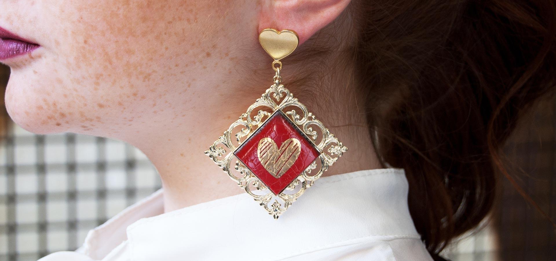 orecchini siciliani in pietra lavica con cuore